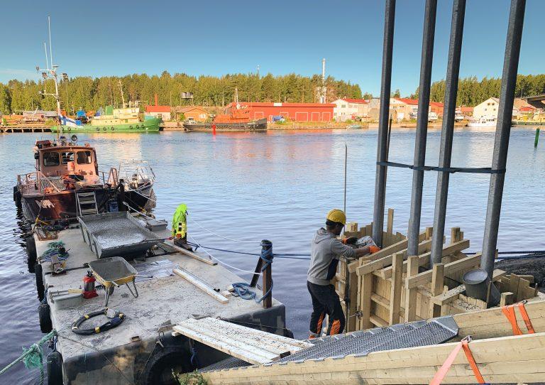 vesiliikennemerkin rakennustyö